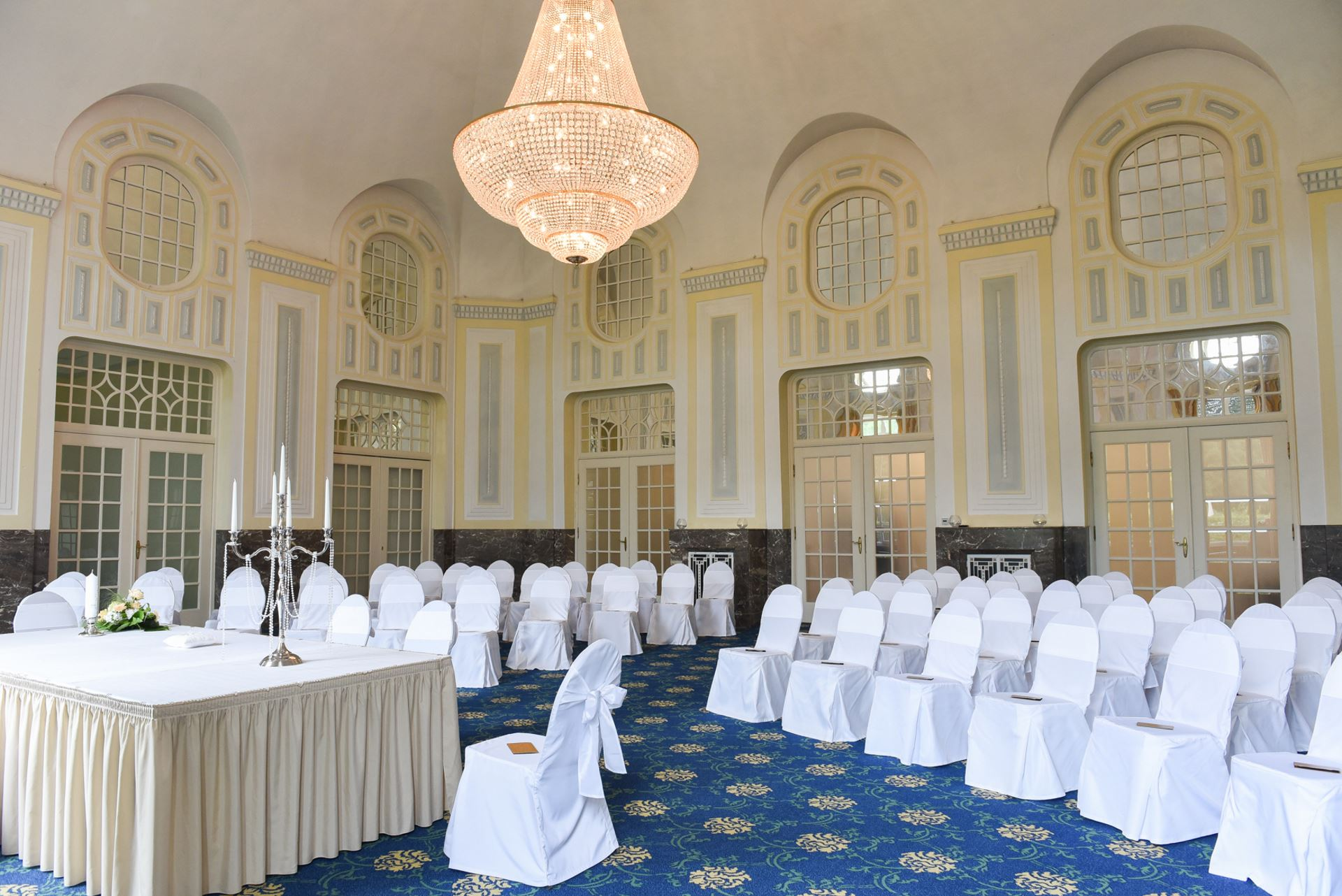 Kuppelsaal - Heiraten in Bad Brückenau